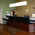 Meja Resepsionis Klinik dan Rumah Sakit